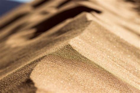desert up sand bokeh wallpaper 2048x1365 178435 wallpaperup