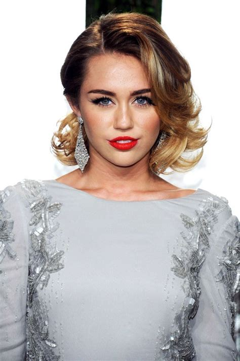 how to do miley cyruss hair in lol miley cyrus a retrospective style pictures and her style