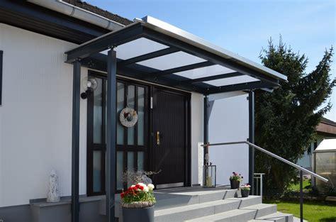 Vordach Stahl Glas by Vordach 252 Ber Eingang Lackierte Stahlkonstruktion Mit