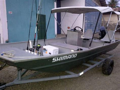 small motor boat with canopy 90 diy fishing boat ideas 220 boat plans canoe house