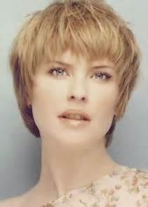 coupe de cheveux femme 50 ans rond