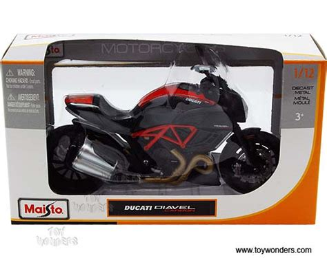 Maisto 1 12 Scale Ducati Diavel Metal Diecast Motorcycle Model T ducati diavel carbon motorcycle by maisto 1 12 scale