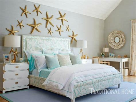 Coastal Wall Decor Bedroom by Above The Bed Wall Decor Ideas With A Coastal Theme