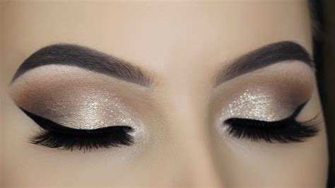 Eyeshadow Soft soft gold glitter eye makeup tutorial