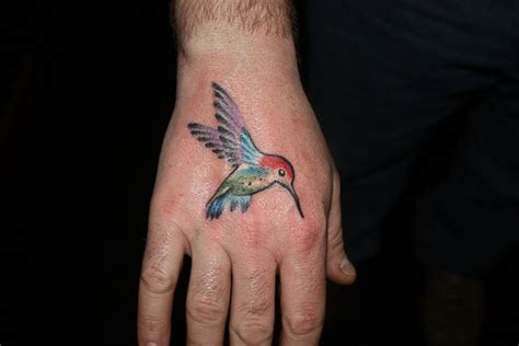 realistic hummingbird tattoos realistic hummingbird tattoos ideas