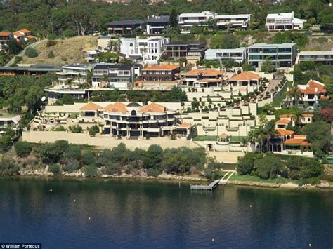 Riverfront House Plans by James Packer S House Sold For A Whopping 70 Million In