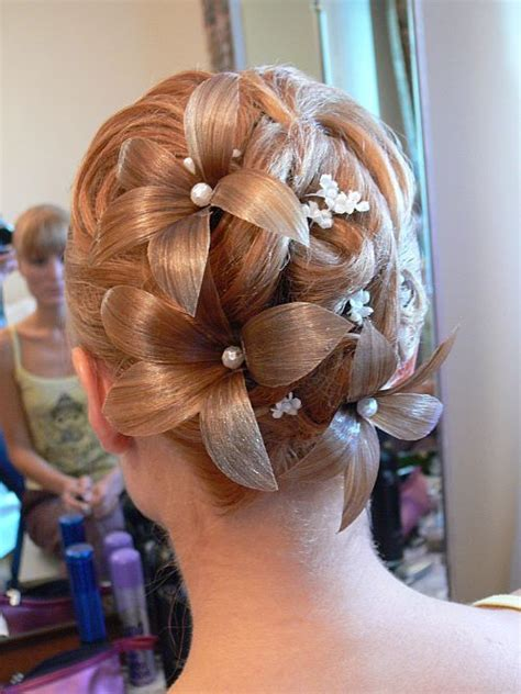 hairstyles gone wrong 10 wedding hairstyles gone wrong glamour com