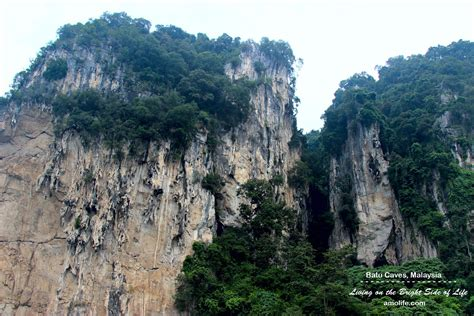 Batu Muntai mountain batu caves malaysia amo