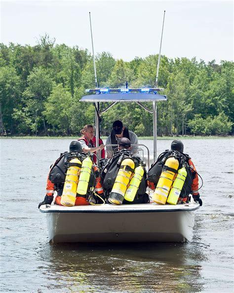 Fairfax County Background Check Dive Team