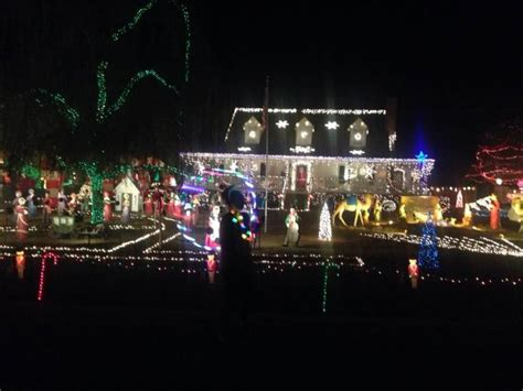 historic raleigh christmas lights hit the national screen