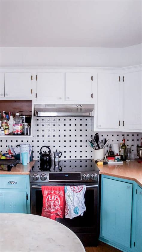 easy way to paint kitchen cabinets the easiest way to paint kitchen cabinets semigloss design