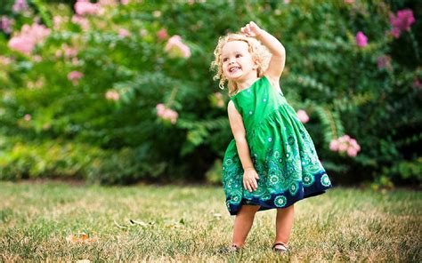 wallpaper girl little little girl dancing wallpaper hd