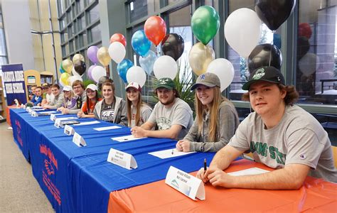 College Football National Letter Of Intent Signing Day National Letter Of Intent Signing Day Is Big Day For Student Athletes