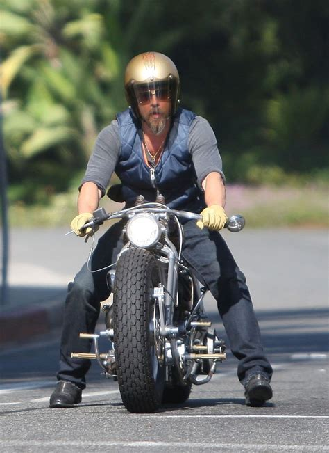 Brad Pitt And Collect Another One by Best 20 Brad Pitt Motorcycle Ideas On Brad