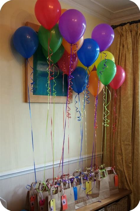 awesome diy balloons decorations 22 awesome diy balloons decorations favor bags