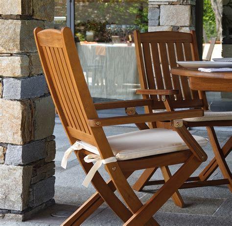 sedie in legno da giardino sedia pieghevole siviglia con braccioli in legno d acacia