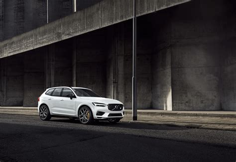 Volvo Lineup 2020 by Volvo Adds 415hp In Hybrid Electric Suv And Wagon To