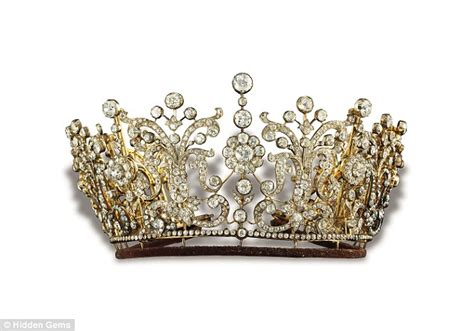 princess margarets poltimore wedding tiara dazzling stories behind the world s greatest jewels from