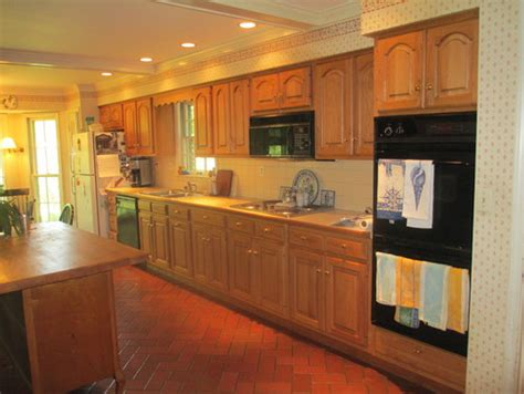 how to make kitchen cabinets look better how to make kitchen cabinets look better i am getting