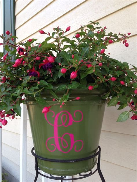 monogram planter monogrammed planter love it my silhouette cameo