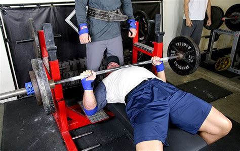 elbows in bench press flared elbows bench press boost your bench with 1 simple move
