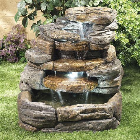 como hacer una fuente de jardin 17 mejores ideas sobre fuente de piedra en