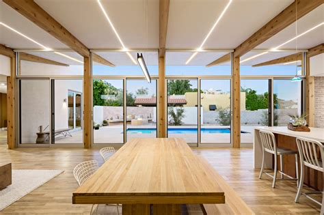 a modern courtyard house in phoenix design milk bloglovin a modern courtyard house in phoenix design milk