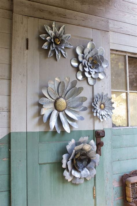 Tin Decor by Best 25 Metal Ideas On