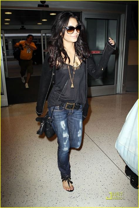In Closet Hudgens by 25 Best Ideas About Concert Rock On