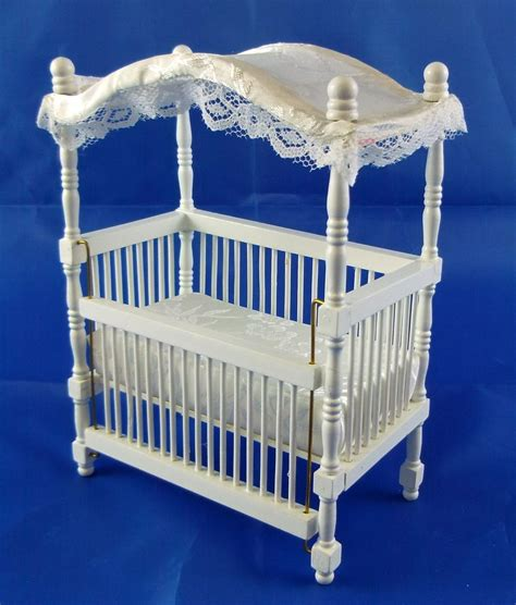 Dolls House Miniature 1 12 Scale Nursery Baby Furniture White Wooden Canopy Cot Ebay