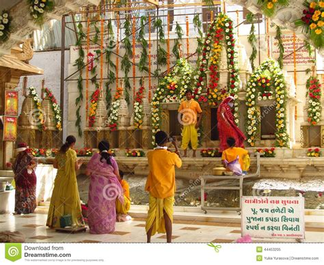 Zoroastrian Wedding Blessing by Indian Pray In The Jain Temple In Palitana
