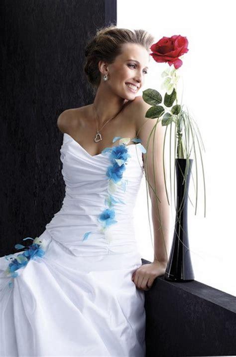 Robe De Mariée Bleu Turquoise Et Ivoire - robe de mariee blanche et turquoise