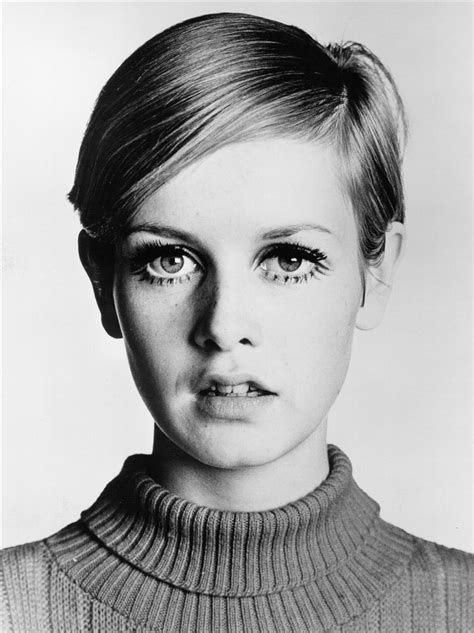 models of the 1960 with short hair twiggy mumptystyle
