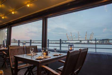 top bars in canary wharf the gun canary wharf pub docklands east london reviews designmynight