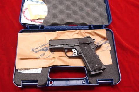 Dvd Box 9mm Gtpro smith and wesson sub compact scandium sw1911 pro series