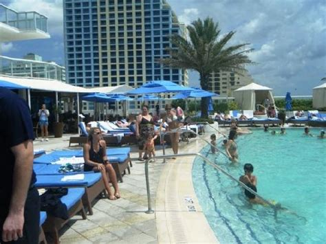 San Diego Hotels With Balcony by Pool At Night Picture Of Hilton Fort Lauderdale Beach