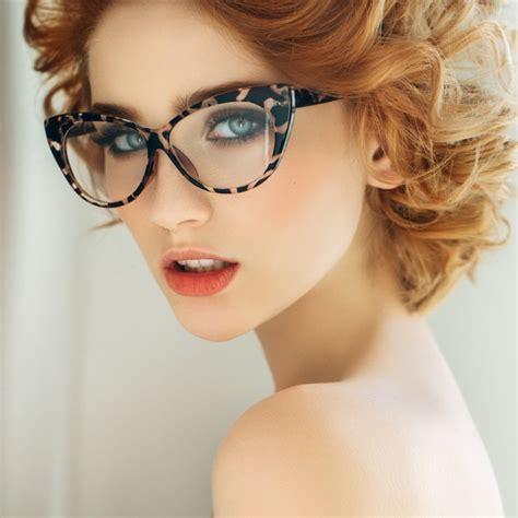 imagenes coreanas con lentes peinados para chicas con gafas
