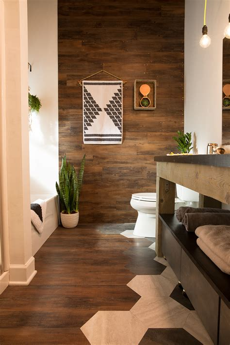 bathroom makeover blogger  builder grade