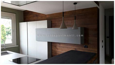 rivestimento legno parete rivestimenti in legno a parete leida pavimenti