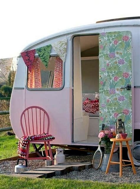 Outside Kitchen Design by Caravan Decoration Set The Caravan With A Retro Touch