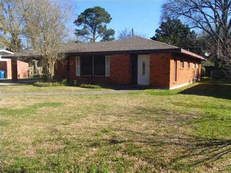114 westchester dr lafayette louisiana 70506 reo home
