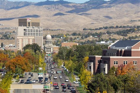 Boise State Mba Alumni by Boise State Of Idaho Partner On Joint Mba