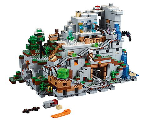 spielzeugsack lego the mountain cave 21137 minecraft lego shop