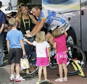 Support armstrong seen here at the 2005 tour de france with crow and