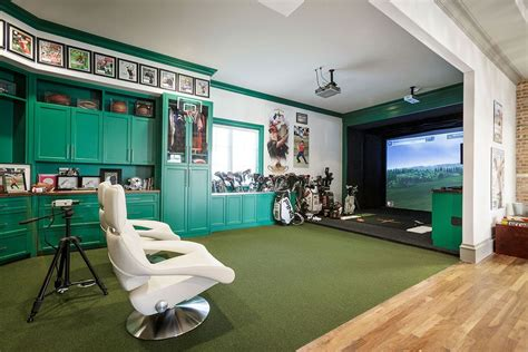 simulation room pga golfer hunter mahan s golf simulator room crazy