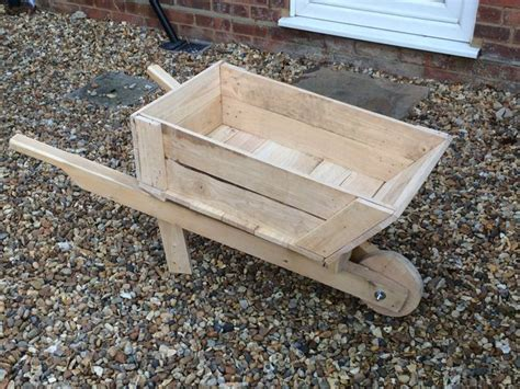 How To Build A Wheelbarrow Planter by 13 Best Images About Projects On Wood Wood