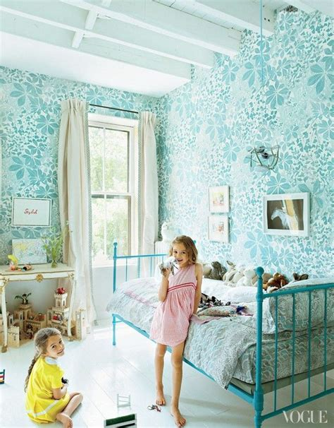 wallpaper for girl bedroom 25 best ideas about girls bedroom wallpaper on pinterest