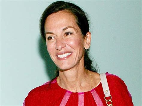 Designer For Less Cynthia Rowleys New Avon Collection by Cynthia Rowley Teams Up With Avon