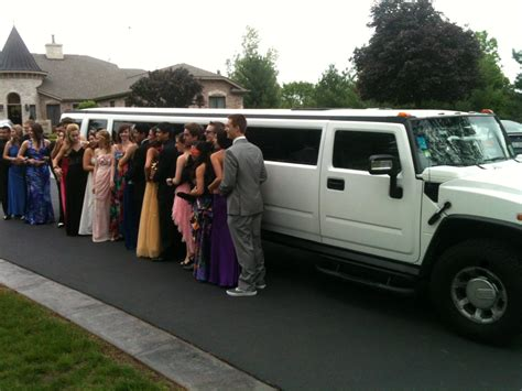 Prom Limo Service by Rent A Limo For Prom Things To Consider 1st Class