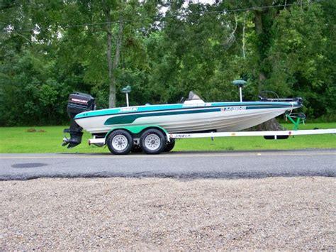 bass boat motor used javelin bass boats with no motor 171 all boats